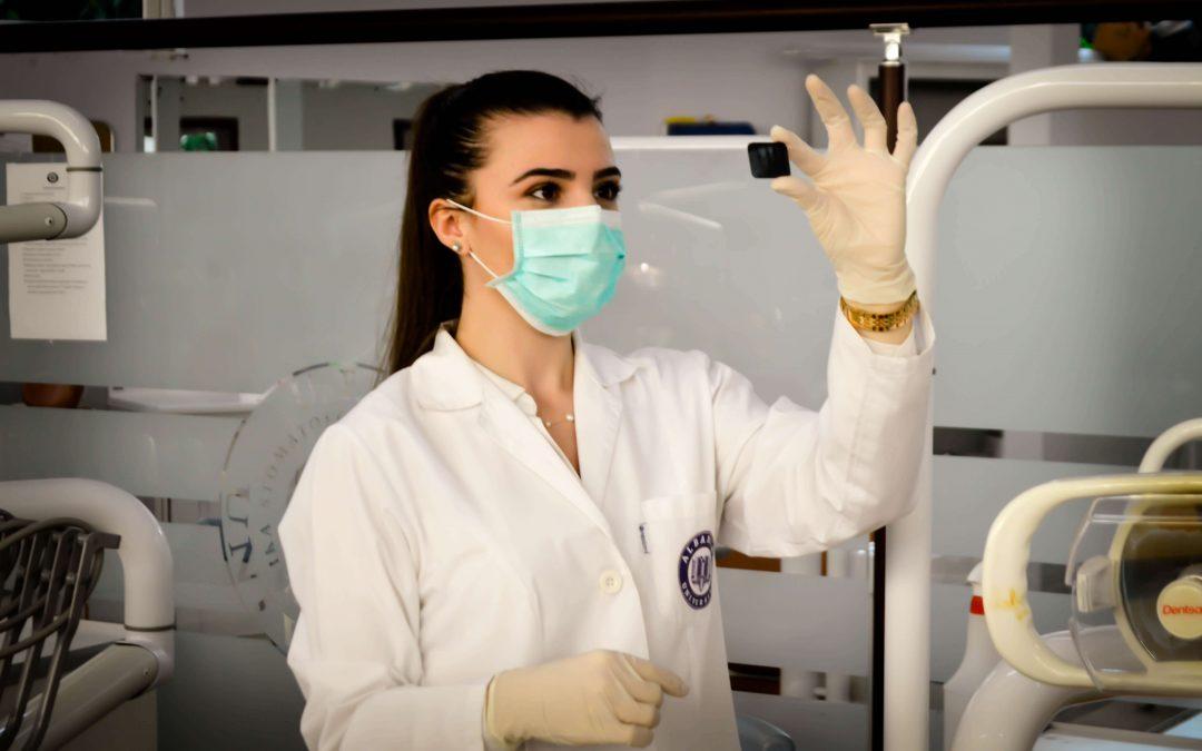 Qué tecnología debe tener una clínica dental de alta calidad